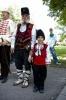 Най-възрастния 70г. и най младия 4г. от участниците в похода По стъпките на Таньо войвода